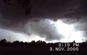 Western Sydney supercell November 3rd,2000 video footage