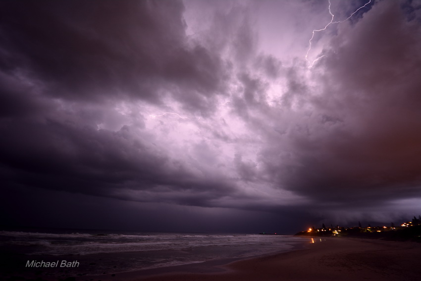 Lightning and severe storms Ballina - Byron Bay areas 26 October 2013 5