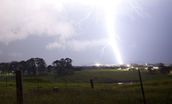 appin_lightning_crop |storm chasing