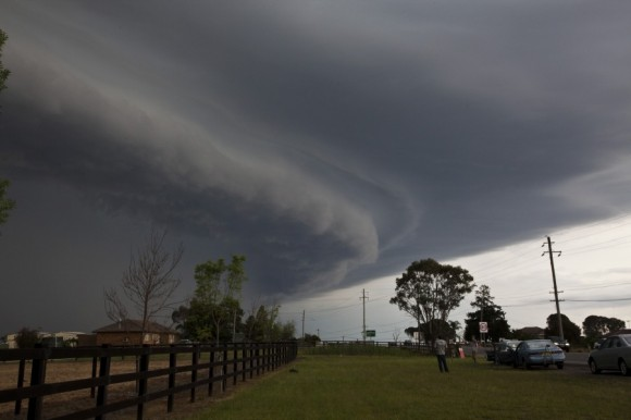 Shelf cloud over Penrith