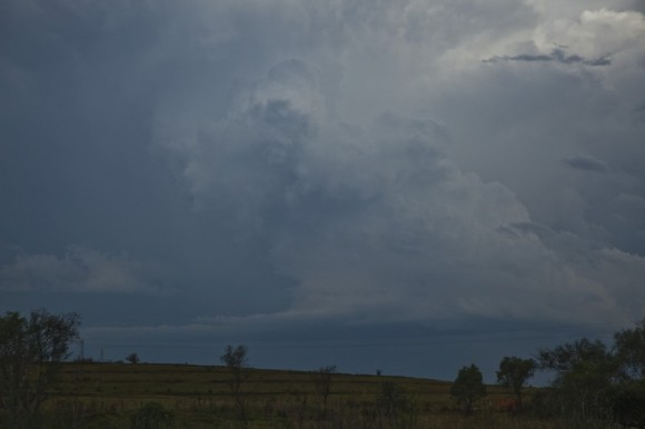 Storm updraft and inflow into the base - storm split