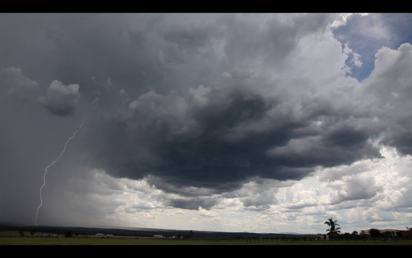 Lightning-luddenham-4th-january-2015-10