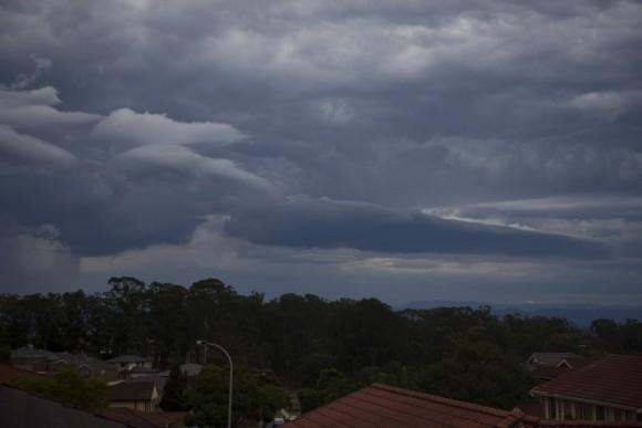 Detached Shelf Cloud 4th April 2015