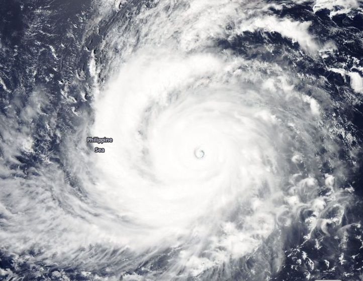 Super Typhoon Soudelor now a Category 5 storm 4 August 2015