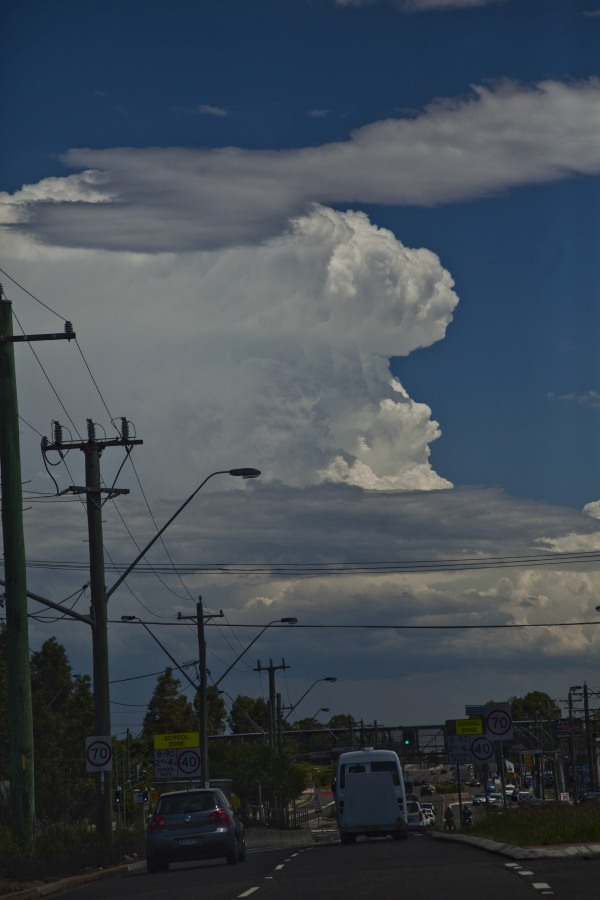 Storm Powerful Updrafts Sydney 11th January 2015