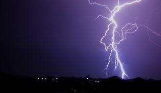 Insane Lightning Bolt - The night of storms in Sydney 1st December 2019