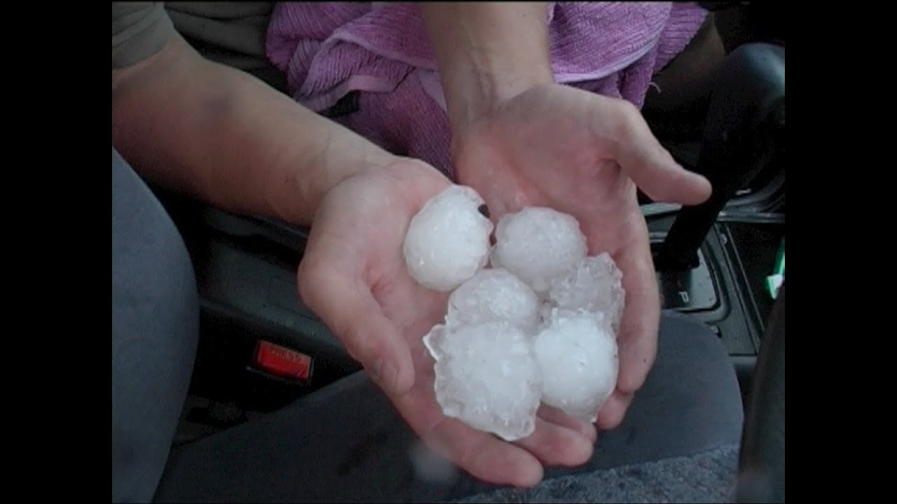 Giant Hail covers ground near Lithgow 7th February 2007 Part 2