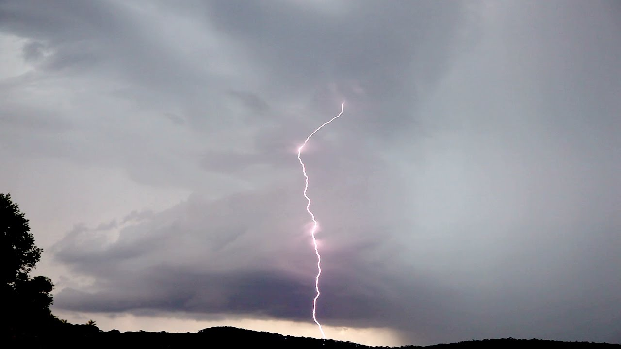 Bilpin Storm and Lightning 24th December 2016