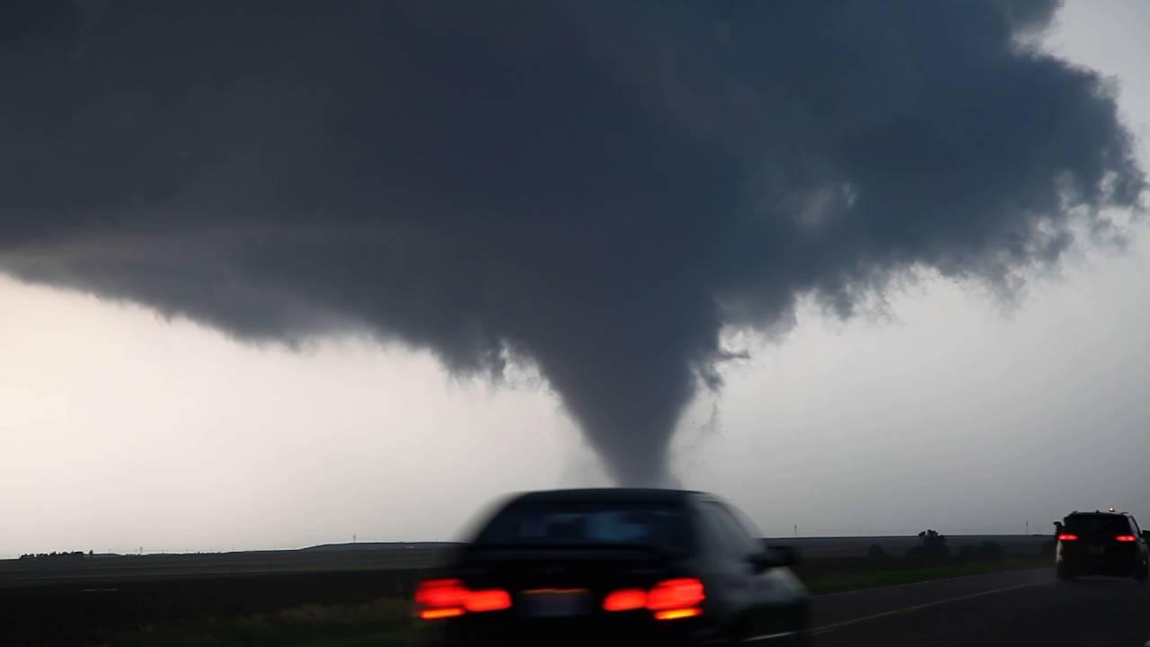 Dodge City Tornado Debris and Power Flash 24th May 2016