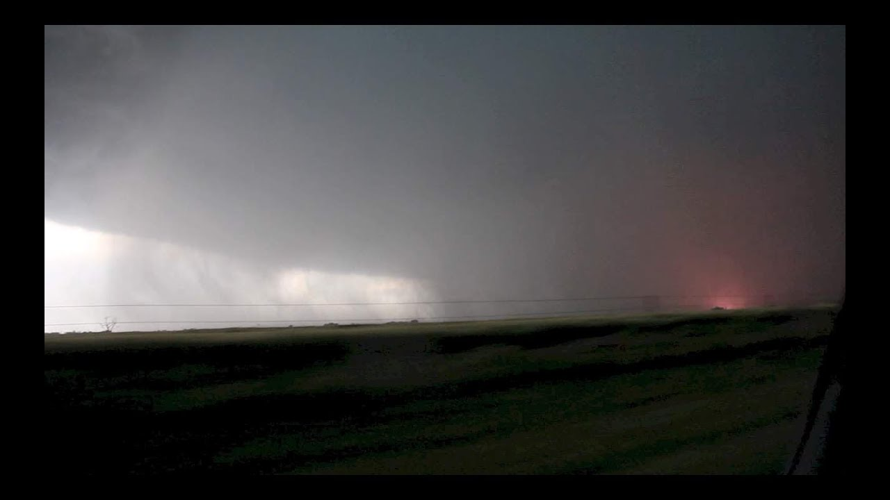 El Reno Tornado Wedge Power Flashes 31st May 2013