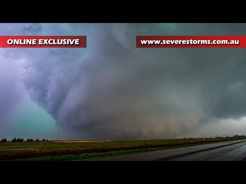 Storm Chase & Spotting Dimmitt Tornado 14 April, 2017