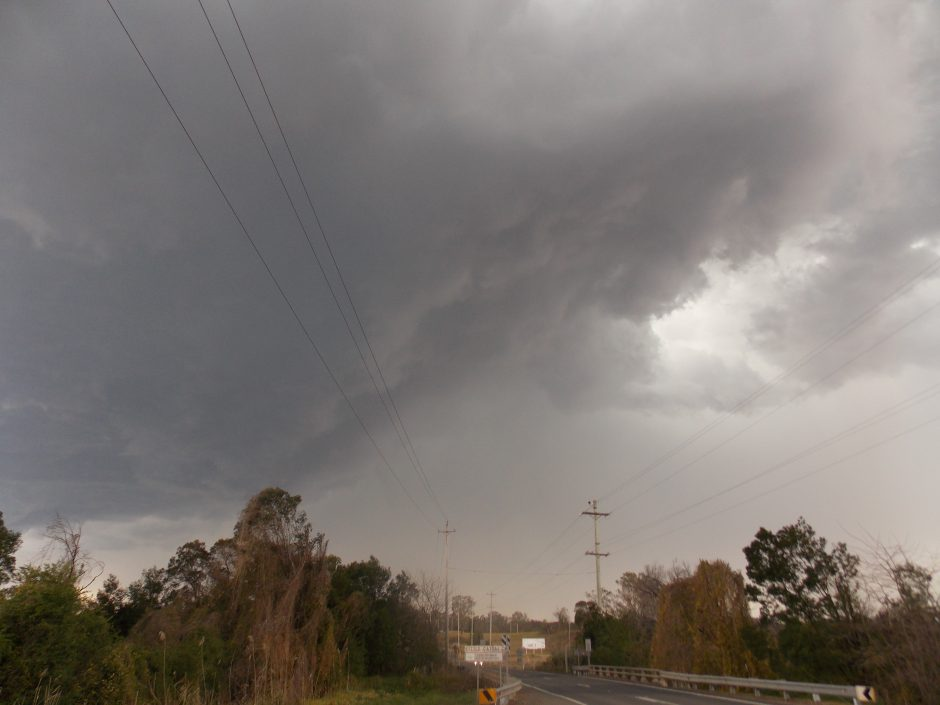 18/9/12 Colin on storms from kurrajong to south maroota 7