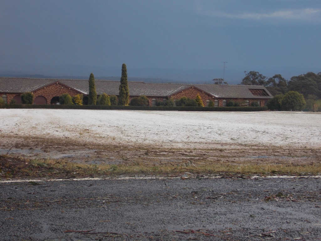 18/9/12 Colin on storms from kurrajong to south maroota 1