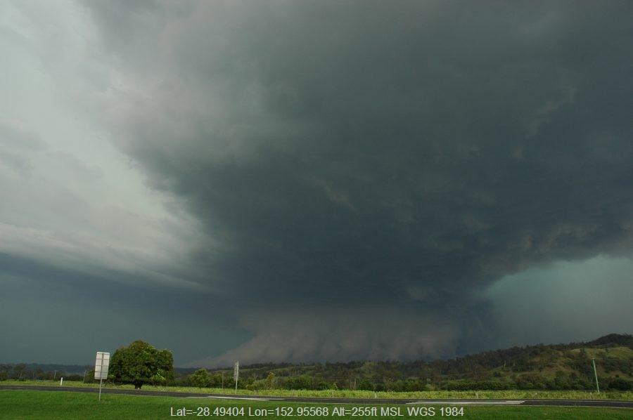 20061108mb46_thunderstorm_inflow_band_wiangaree_nsw