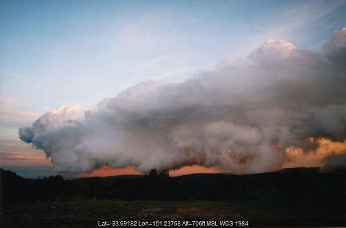 19991031jd10_thunderstorm_base_terry_hills_nsw