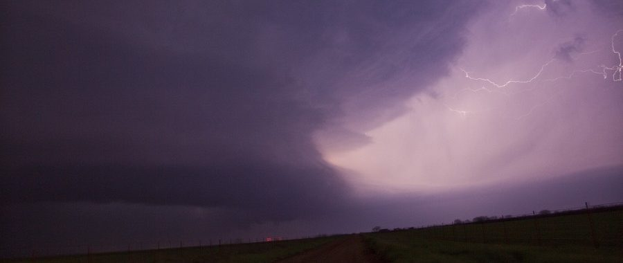Supercells and rotation Oklahoma 17th April 2013 11