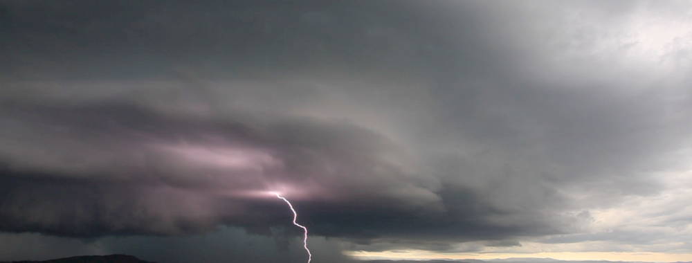 Jaw-Dropping Supercell Structure 15th December 2013