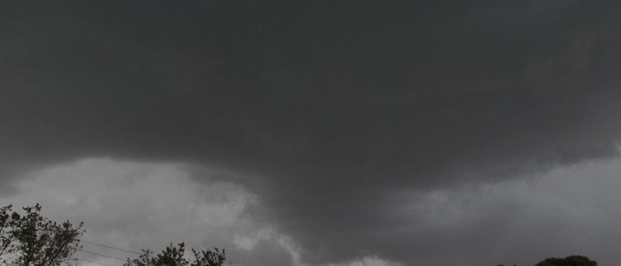 Storm cell at Windsor and Richmond 6 April 2015 3