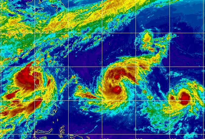 Active Pacific Ocean with 3 storms or typhoons  - July 4 to 7 2015