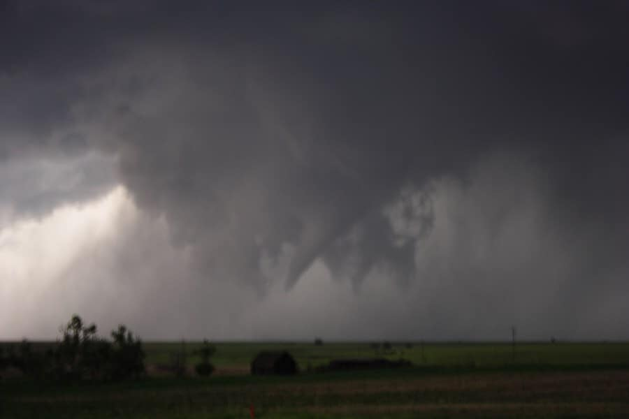 22nd May 2007 - what a spectacular event structure and tornado